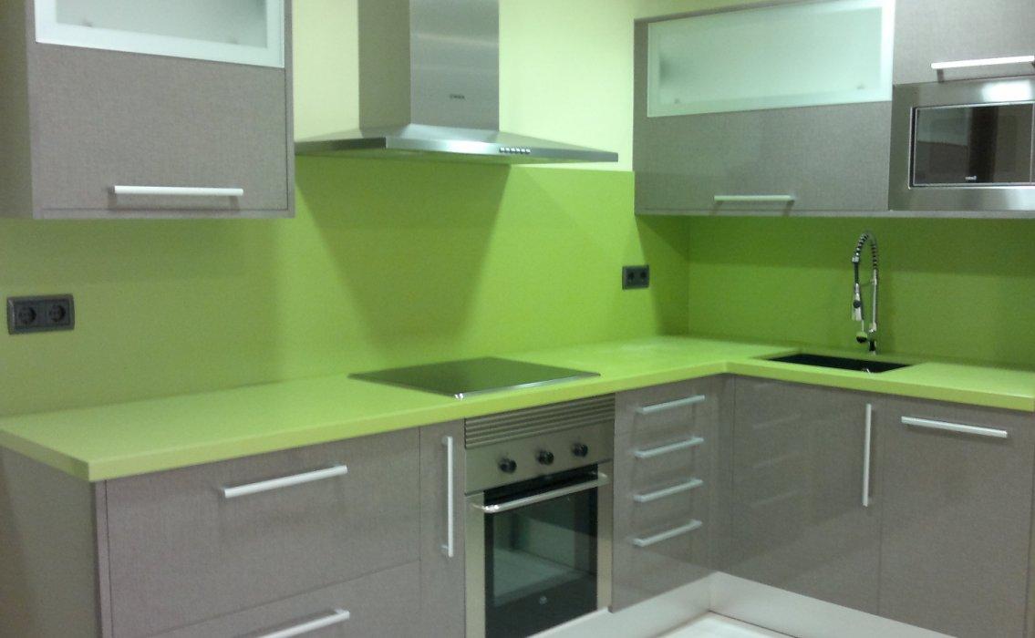 Dise o de encimeras de cocina en barcelona m rmoles ros for Encimera cocina marmol o granito